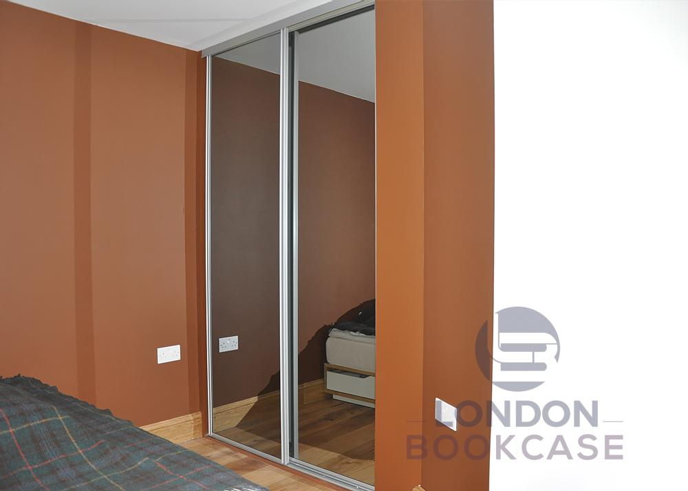sliding mirror doors wardrobe